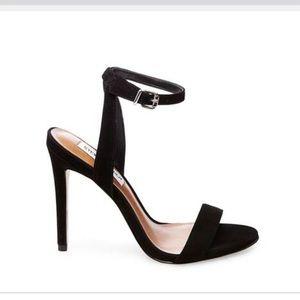 Steve Madden Landen Black Nubuck heels